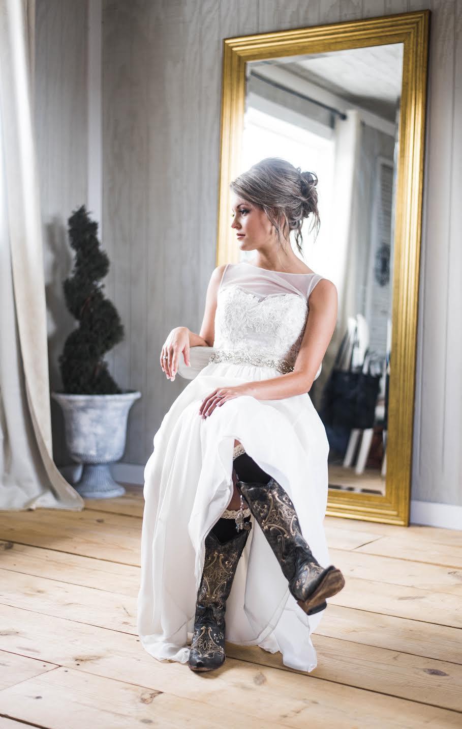 wedding dress - alternative brides